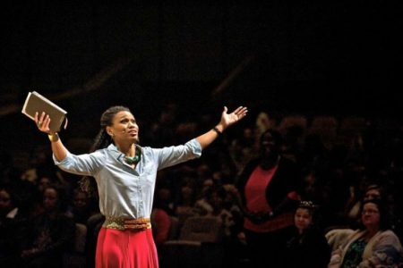 Priscilla Shirer: Churches can no longer 'manufacture' fire of God